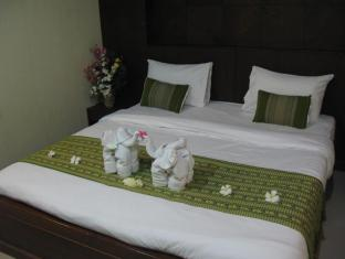 Triple Rund Place Phuket - Standard Room