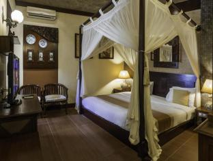 Dhanesvara Holistic Unique Homestay Surabaya - Guest Room