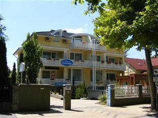 Hotel Haus Csanaky Siofok - Front side