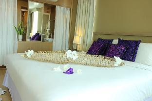 Manathai Hua Hin Hotel guestroom junior suite