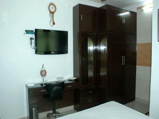 Hotel Satya Palace New Delhi - Gastenkamer
