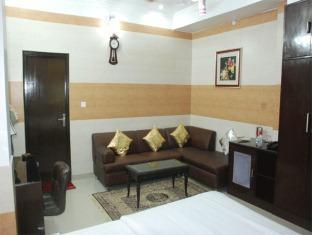Hotel Satya Palace New Delhi - Golfbaan