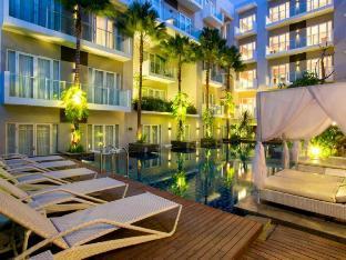 グランド イクソラ クタ リゾート Grand Ixora Kuta Resort - ホテル情報/マップ/コメント/空室検索