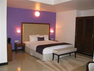 Silver Sands Hideaway Hotel North Goa - Suite Room