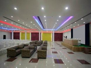 Clarks Inn Kaushambi New Delhi and NCR - Banquet Hall