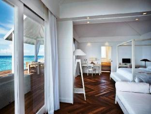 Diamonds Thudufushi Beach & Water Villas - All Inclusive Maldives Islands - Water Villa - Interior