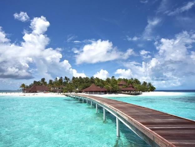 Diamonds Thudufushi Beach and Water Villas - Image1