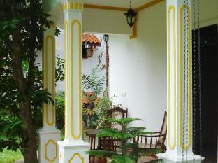 Utopia Villas Hikkaduwa - Entrance-Living