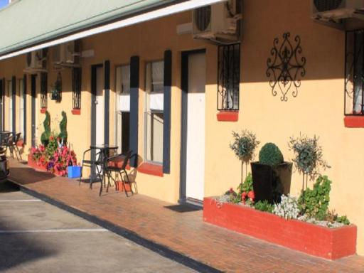 Best guest rating in Inverell ➦ Cousins Motor Inn takes PayPal