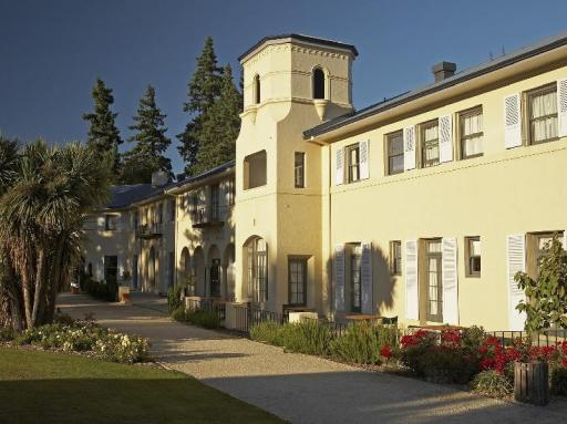 Best guest rating in Hanmer Springs ➦ Settlers Motel takes PayPal