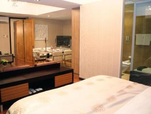 The Royal Mandaya Hotel Davao - Apartament
