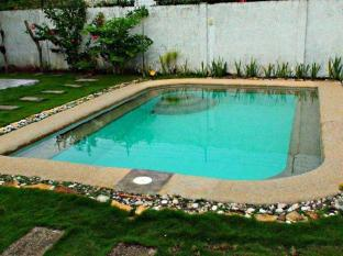 Panglao Bed and Breakfast Bohol - Schwimmbad