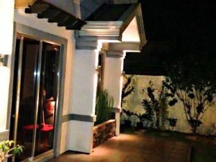 Panglao Bed and Breakfast Bohol - Utsiden av hotellet