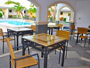 Villa Del Pueblo Inn Bohol - Café