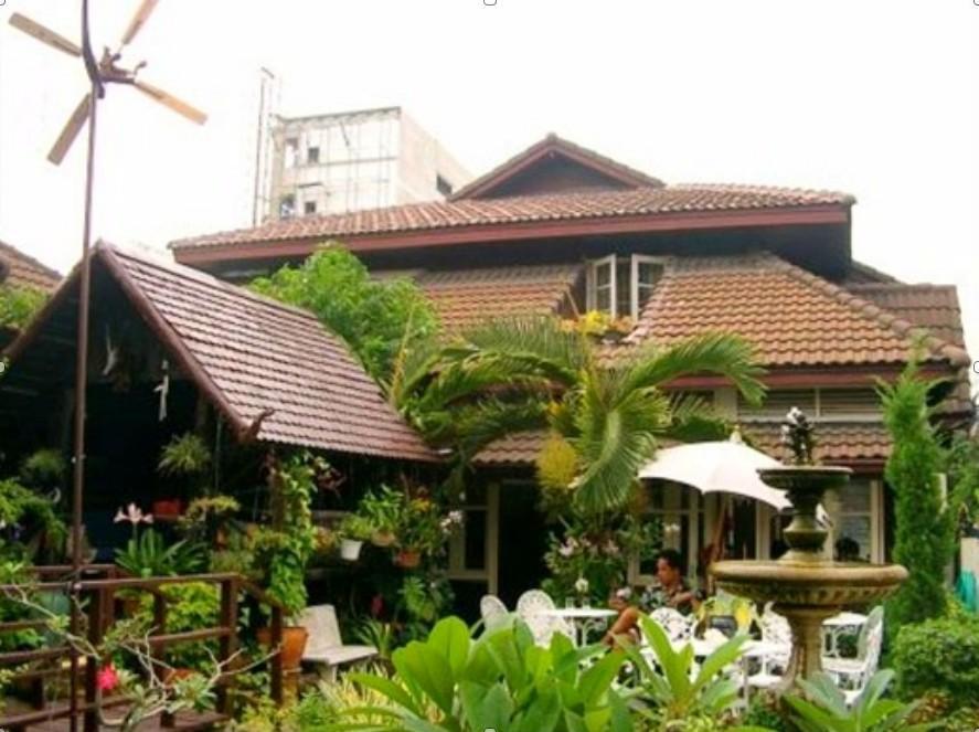 บ้าน สมบุญ เกสท์เฮาส์ - Baan Somboon Guesthouse