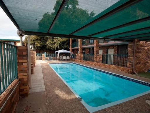 Best guest rating in Narrandera ➦ Camellia Motel takes PayPal