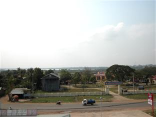 Hour Bunny Hotel Kratie - View from Building