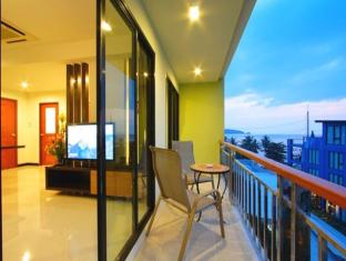 Kalim Beach Place Phuket - Suite Apartment Balcony