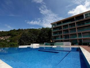 Kalim Beach Place Phuket - Common pool