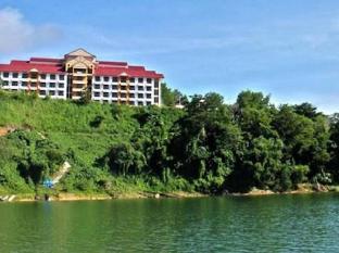 Banding Lakeside Inn