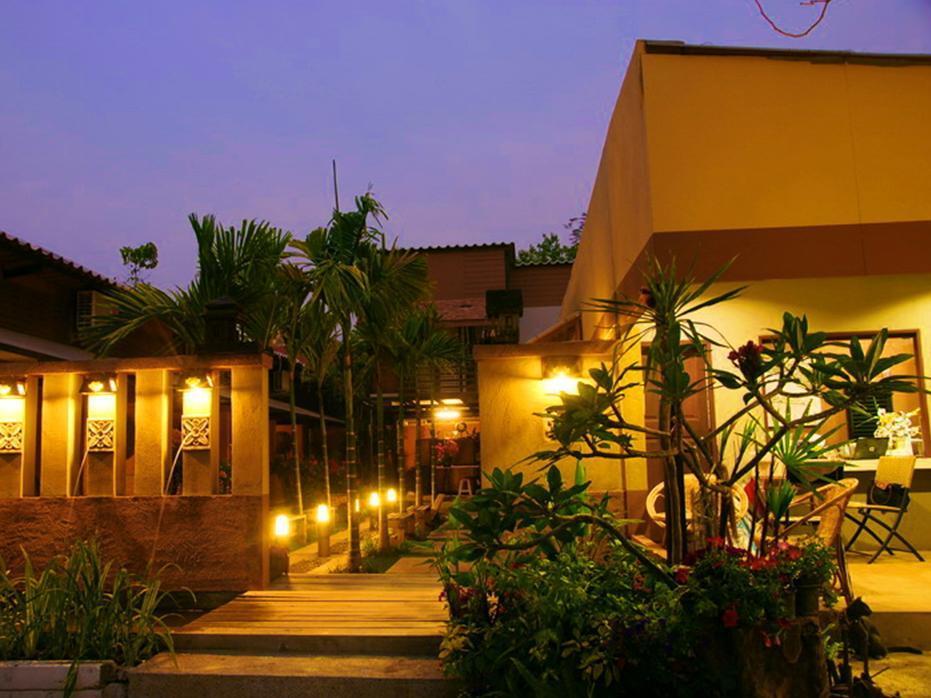 Koko Palm Inn Chiang Mai