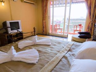 The Orange Pier Guesthouse Phuket - Guest Room