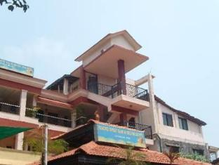 Rising Wave Holiday Home North Goa - Exterior