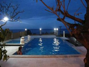 Barong Cafe Bungalow and Restaurant Bali - Swimmingpool
