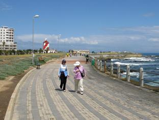 Dolphin Inn Guesthouse Cape Town - Mouille Point Promenade