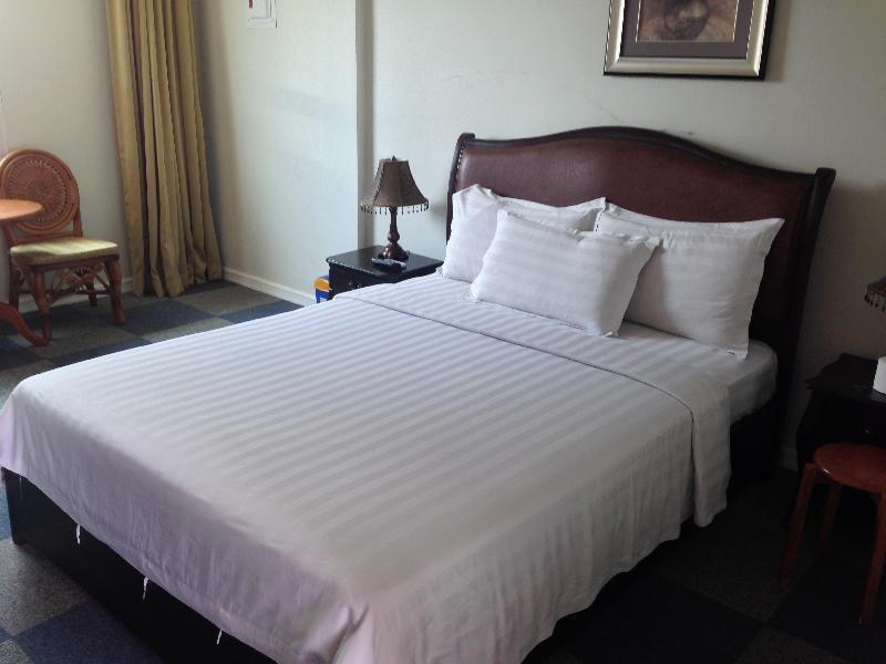 ギャラクシーホテル (Galaxy Hotel)