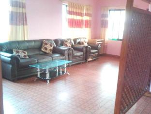 Diplomat Apartments Pokhara - Living Room