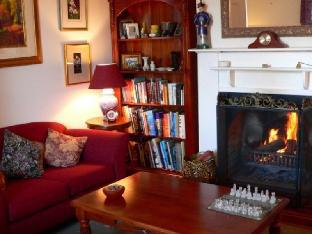 Impressions of Daylesford Front Room - Daylesford review