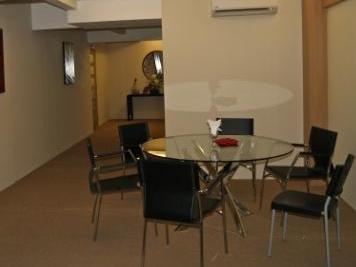 New Regent Hotel - Interior
