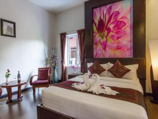King Grand Suites Boutique Hotel Phnom Penh - Deluxe room