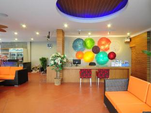 Phu NaNa Boutique Hotel Phuket - Reception