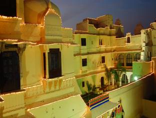 hotels.com Hotel Raj Mahal Bhindar