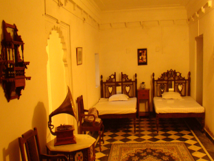 booking.com Hotel Raj Mahal Bhindar