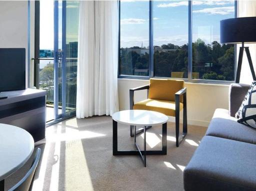 ➦  TFE Hotels    (New South Wales) customer rating