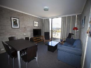 Tanderra 4 Private Holiday Apartment