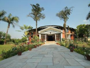 Baghmara Wildlife Resort Chitwan National Park - Entrance to Main Building
