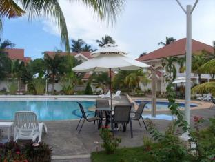 Grande Sunset Resort Bohol - bazen