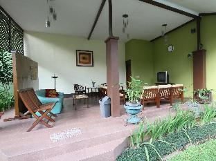 Jl. Hegarbudhi No. 85 RT.002 RW.008 ( masuk dari Jl Hegarmanah )