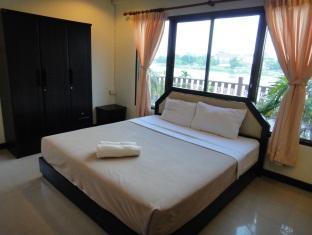 フアイムアン アパートメント Huaymuang Apartment
