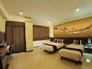Simply Valore Hotel