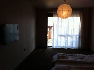 Saint Anna Apartments Varna - Guest Room