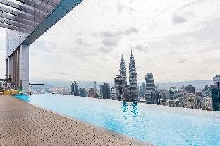 Luxury Family Suites with Best Swimming Pool View