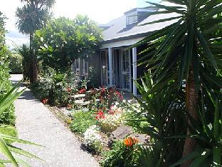 Best guest rating in Whangamata ➦ Pacific View B&B takes PayPal