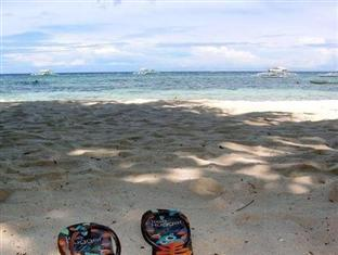 Kalipayan Beach Resort & Atlantis Dive Center Bohol - Beach