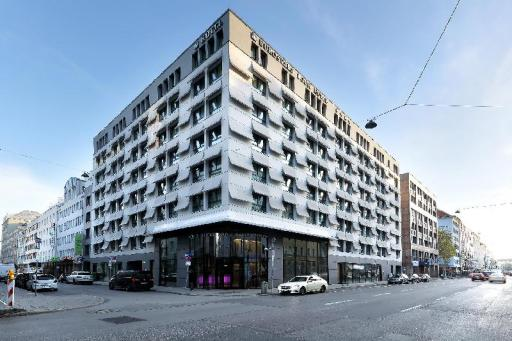 Best guest rating in Munich ➦ Sofitel Munich Bayerpost Hotel takes PayPal