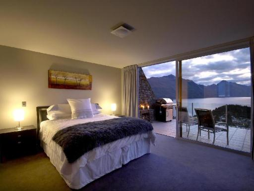 25 On The Terrace hotel accepts paypal in Queenstown